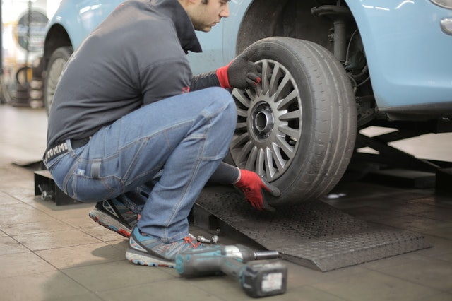 4 Signs It Is Time to Change Your Car's Tires Immediately