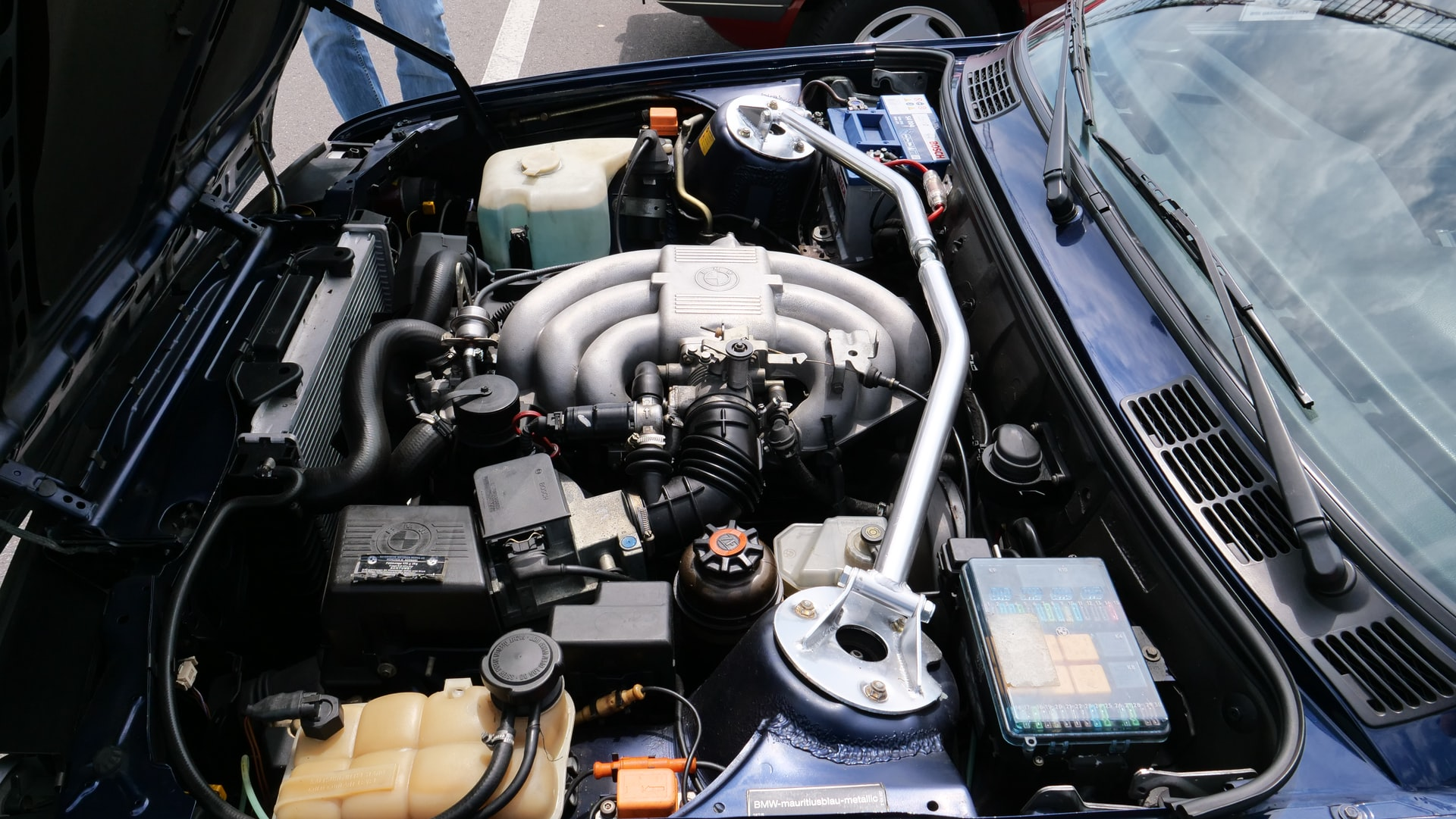 Proper Car Engine Care: Oil Change and Engine Cleanup