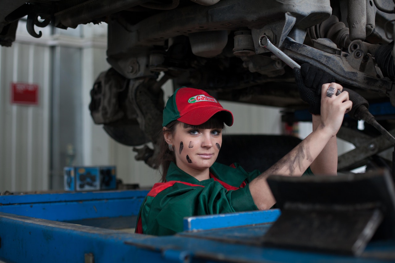 Here's Why You Should Stop Skipping Oil Changes